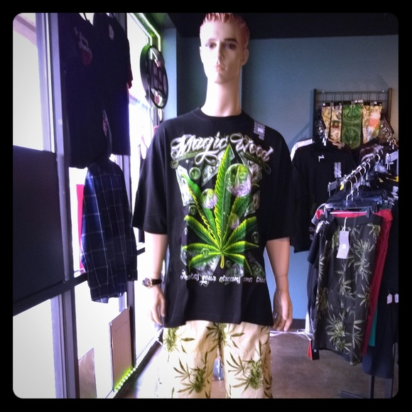 Young street fashion for men and women ages 18 40 Boutique